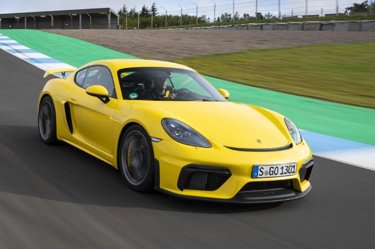 В Украине появятся 5 новых моделей Porsche 5
