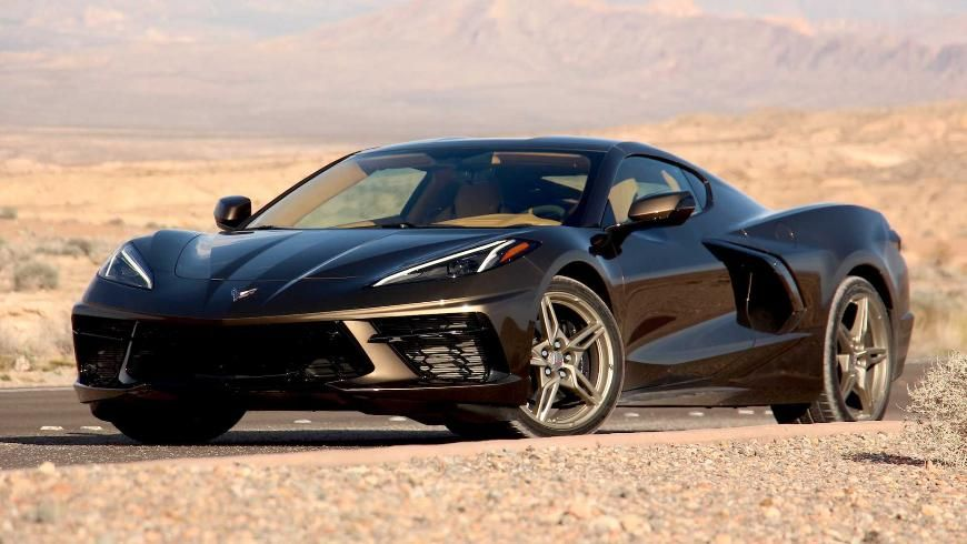 «Самый американский дрэг»: Corvette C8 против Ram 1500 TRX (видео) 1