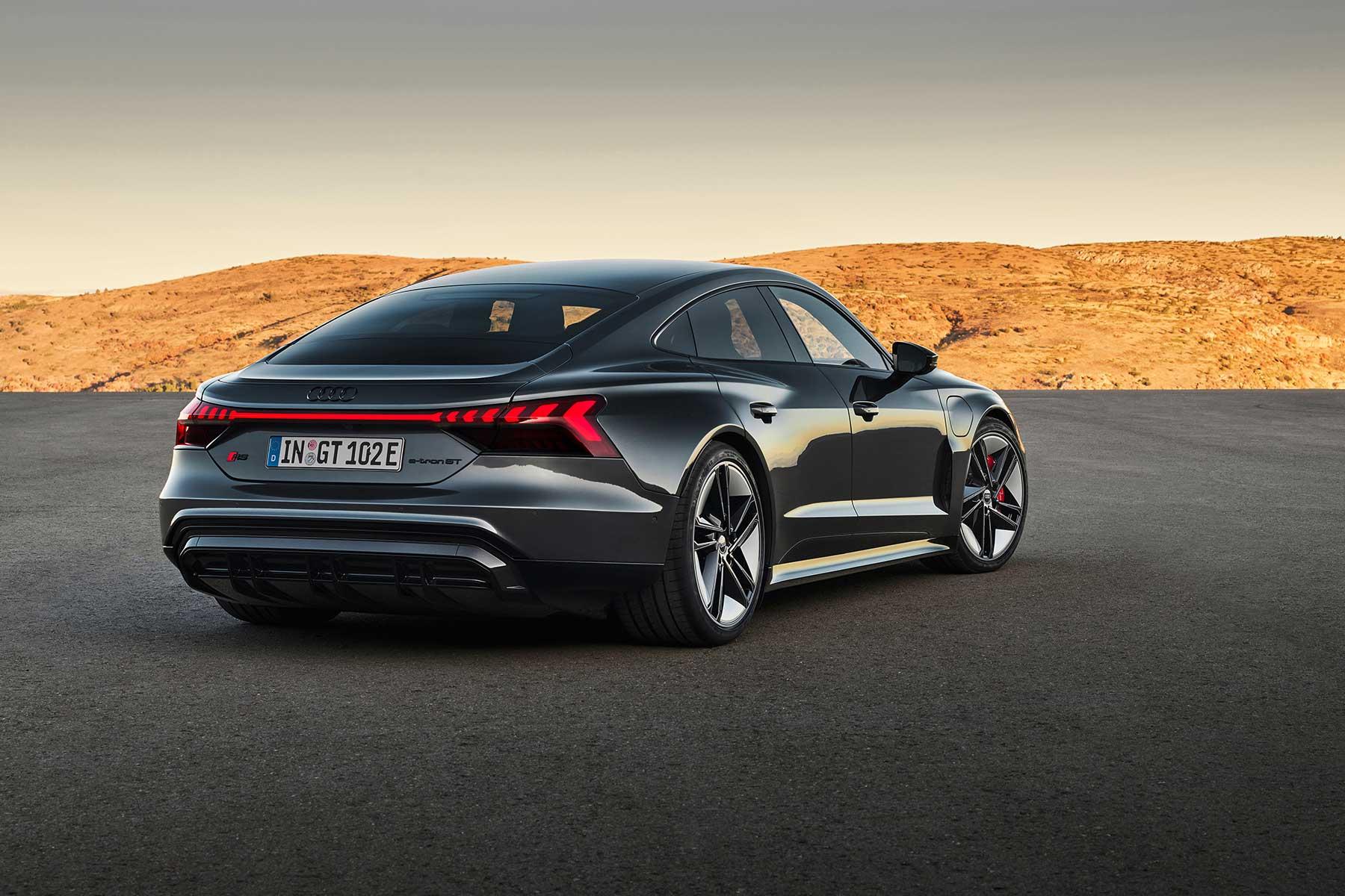 Новейший электромобиль Audi RS E-Tron GT разогнали до максимальной скорости 2