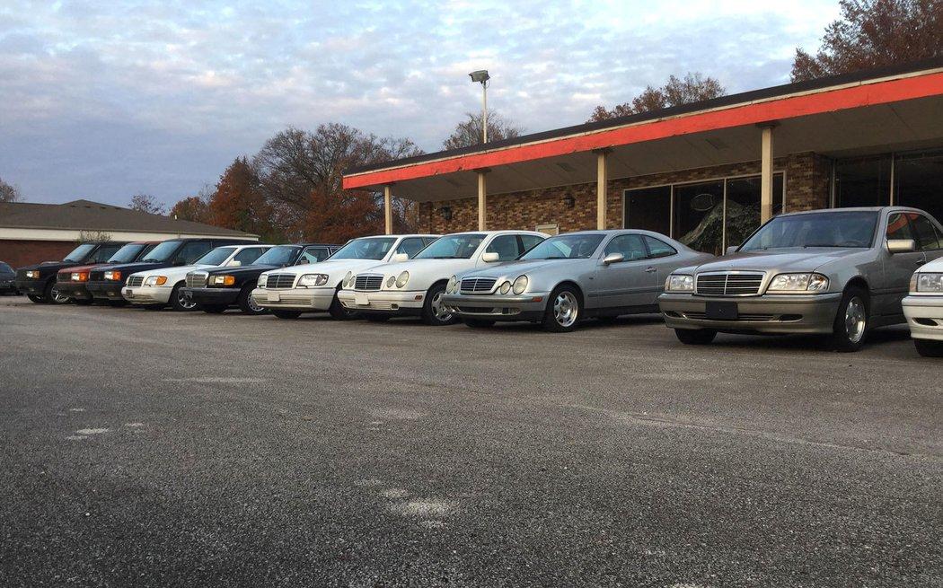Призрачный дилерский центр: как дорогие автомобили разных марокпревращаясь в груду бесполезного металлолома (фото) 1