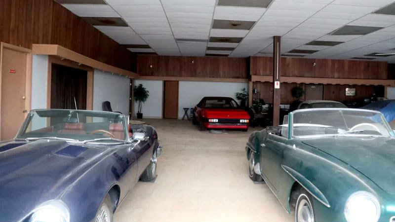 Призрачный дилерский центр: как дорогие автомобили разных марокпревращаясь в груду бесполезного металлолома (фото) 3