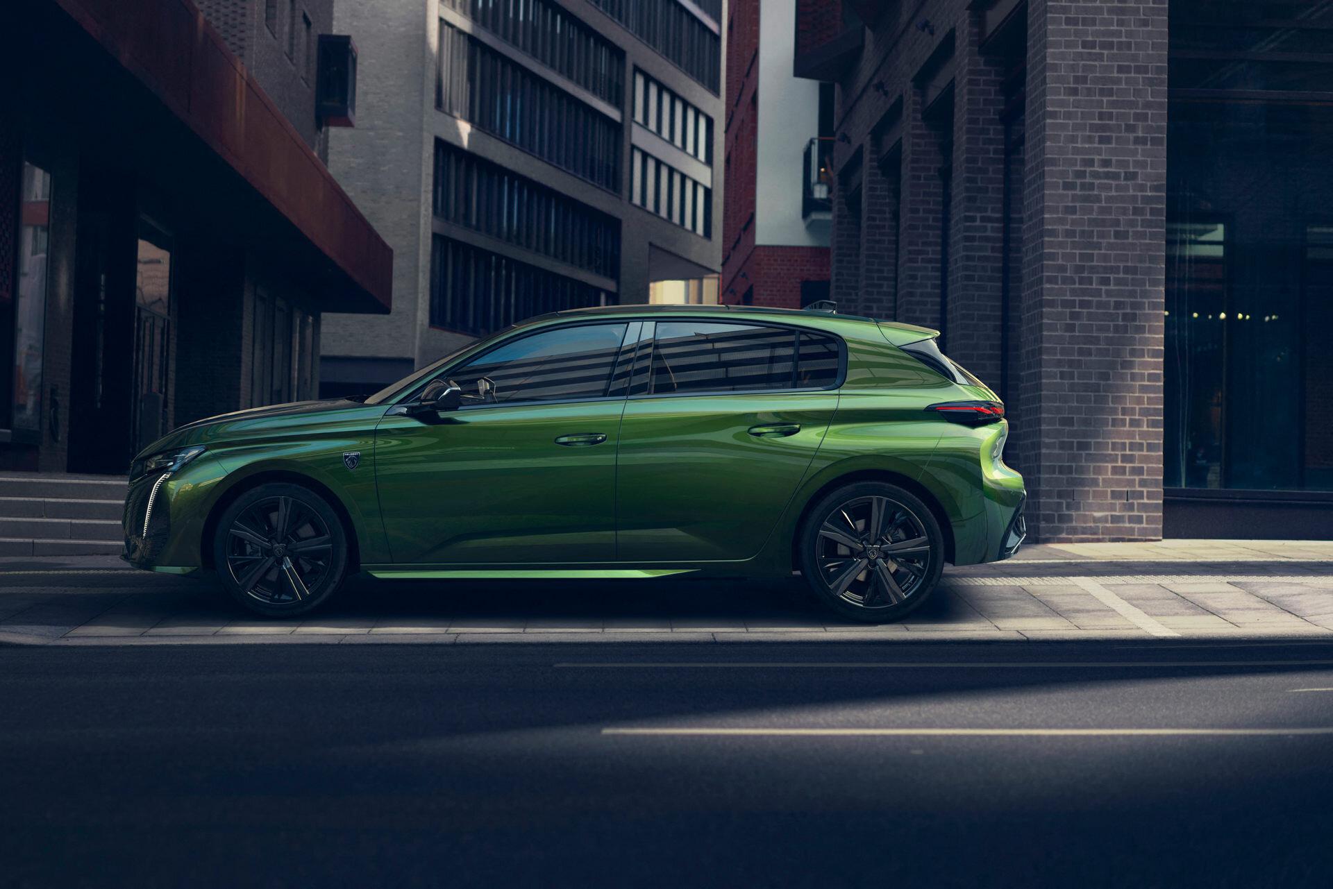 Состоялась мировая премьера нового поколения Peugeot308 2