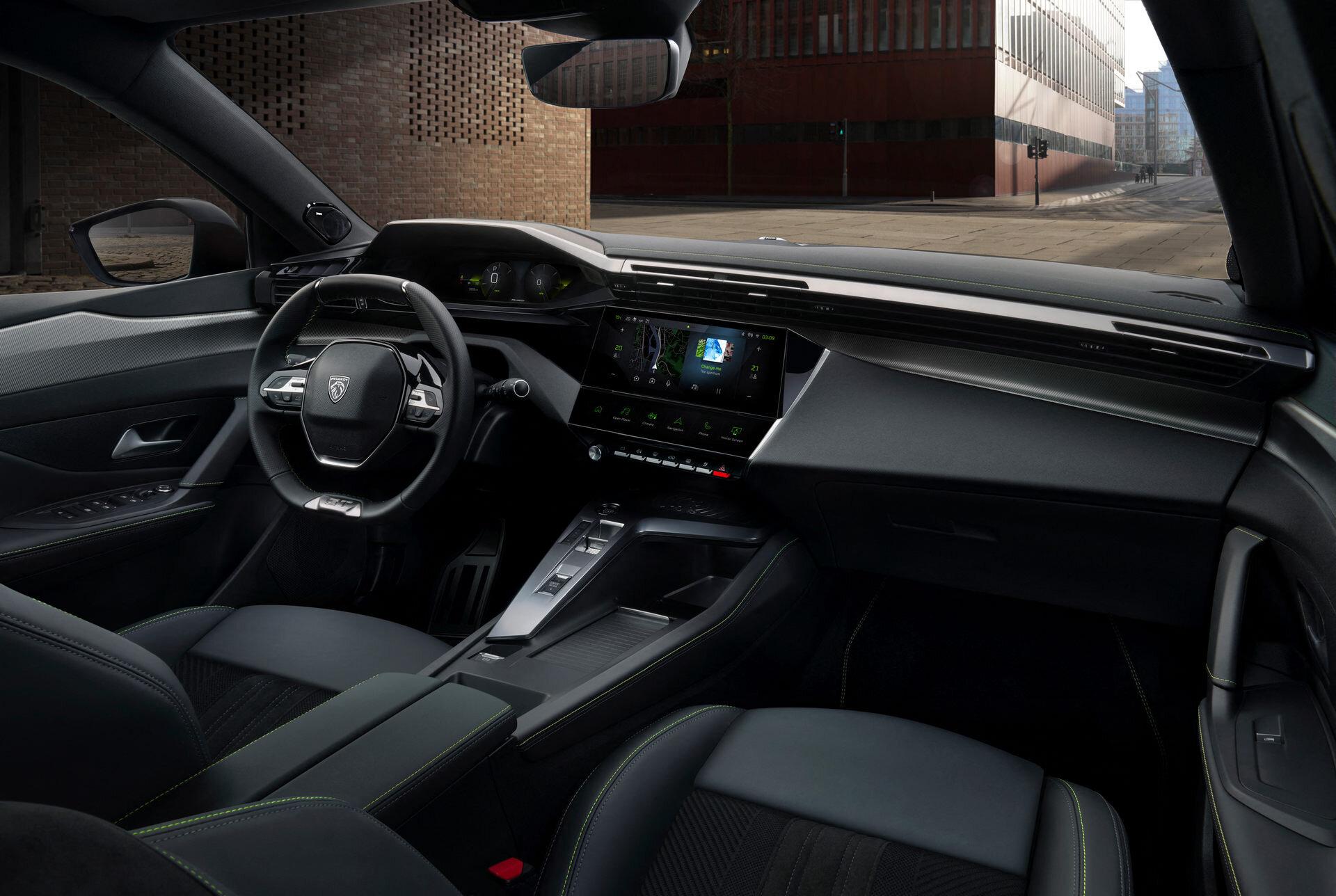 Состоялась мировая премьера нового поколения Peugeot308 3