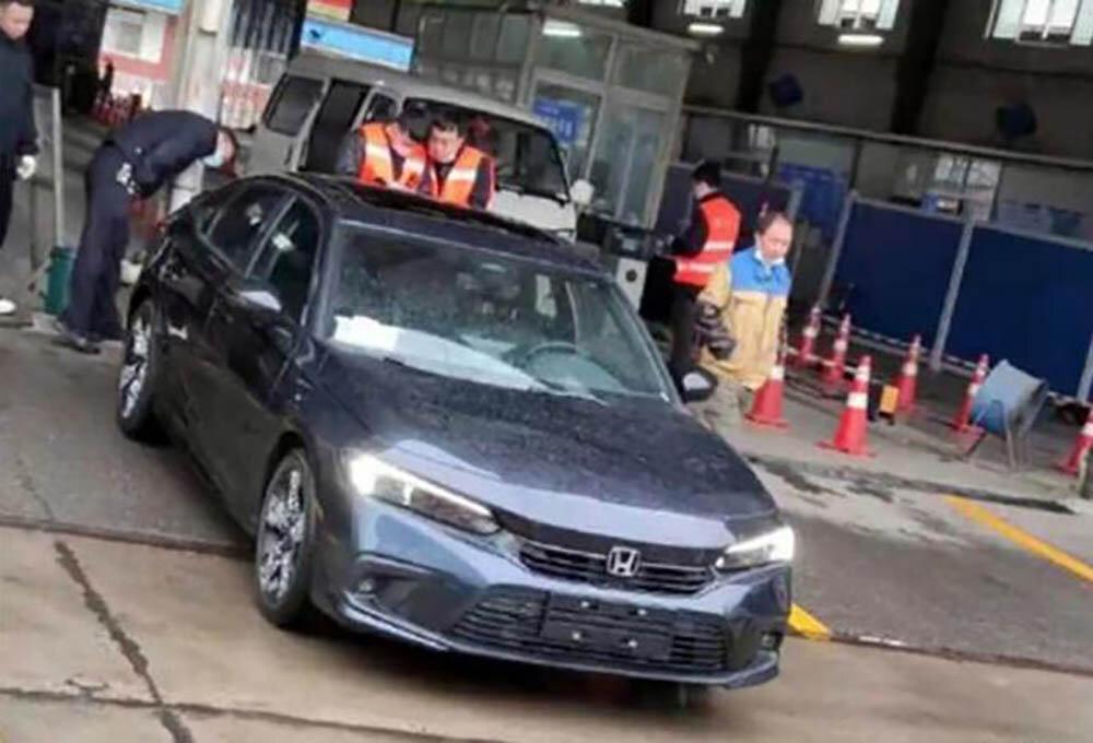 Одиннадцатое поколение Honda Civic показали совсем без камуфляжа 1