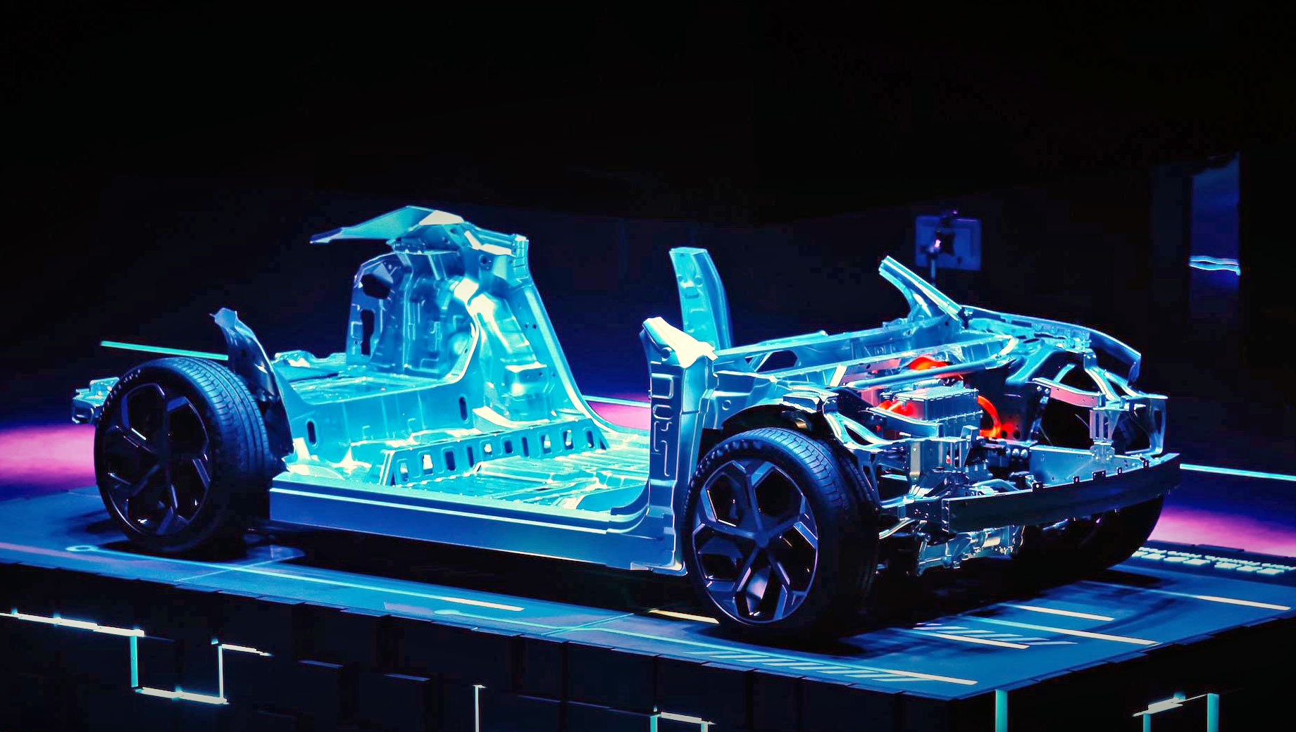 Geely создала еще один бренд для соперничества с Tesla 1
