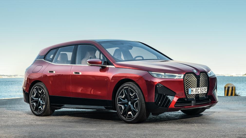 BMW представила новый кроссовер BMW iX 4