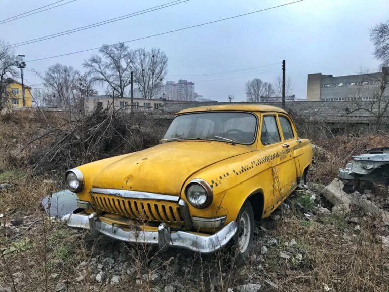 В Киеве обнаружили кладбище ретро-автомобилей 2