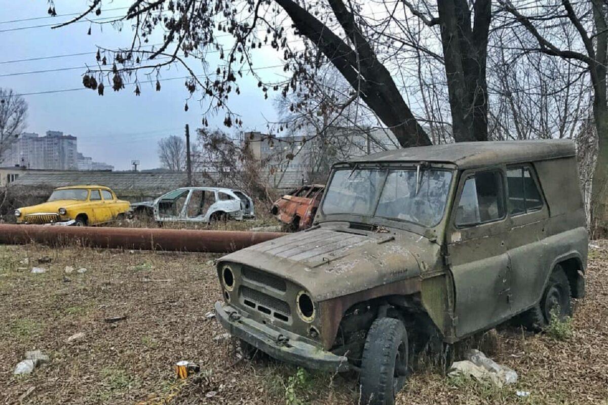 В Киеве обнаружили кладбище ретро-автомобилей 1