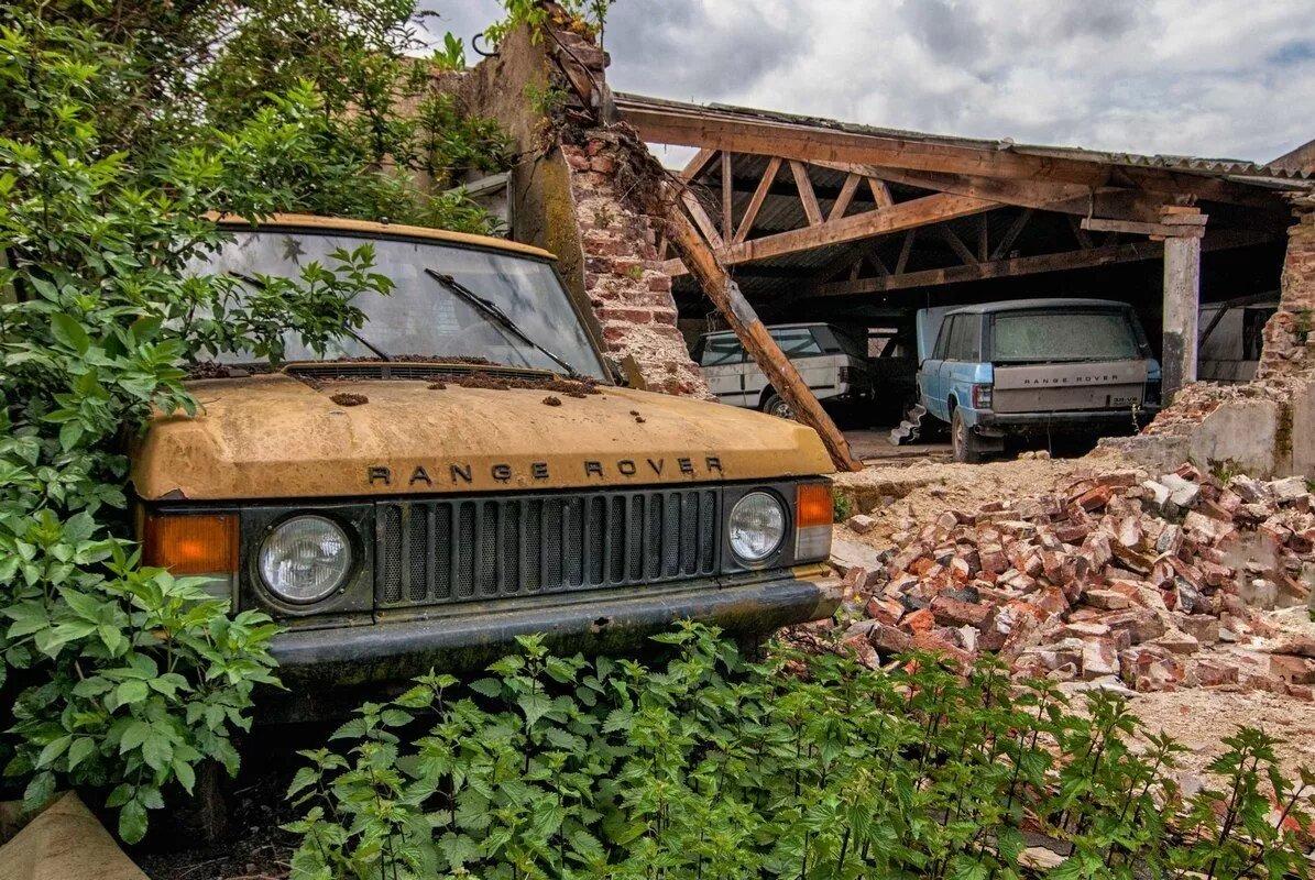 В Нидерландах обнаружили сарай с уникальными Range Rover 4