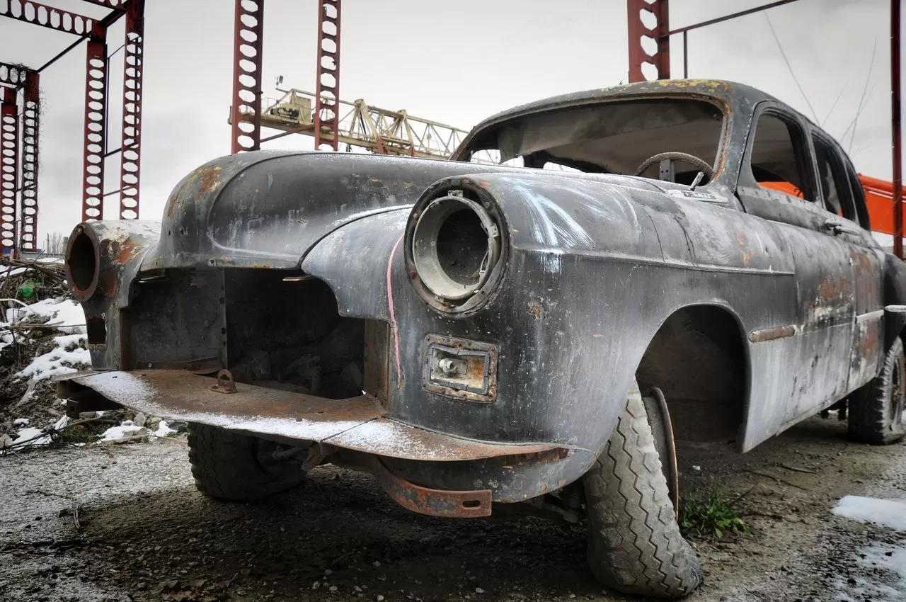 В сети показали коллекцию машин времен СССР – есть и правительственные лимузины (фото) 7