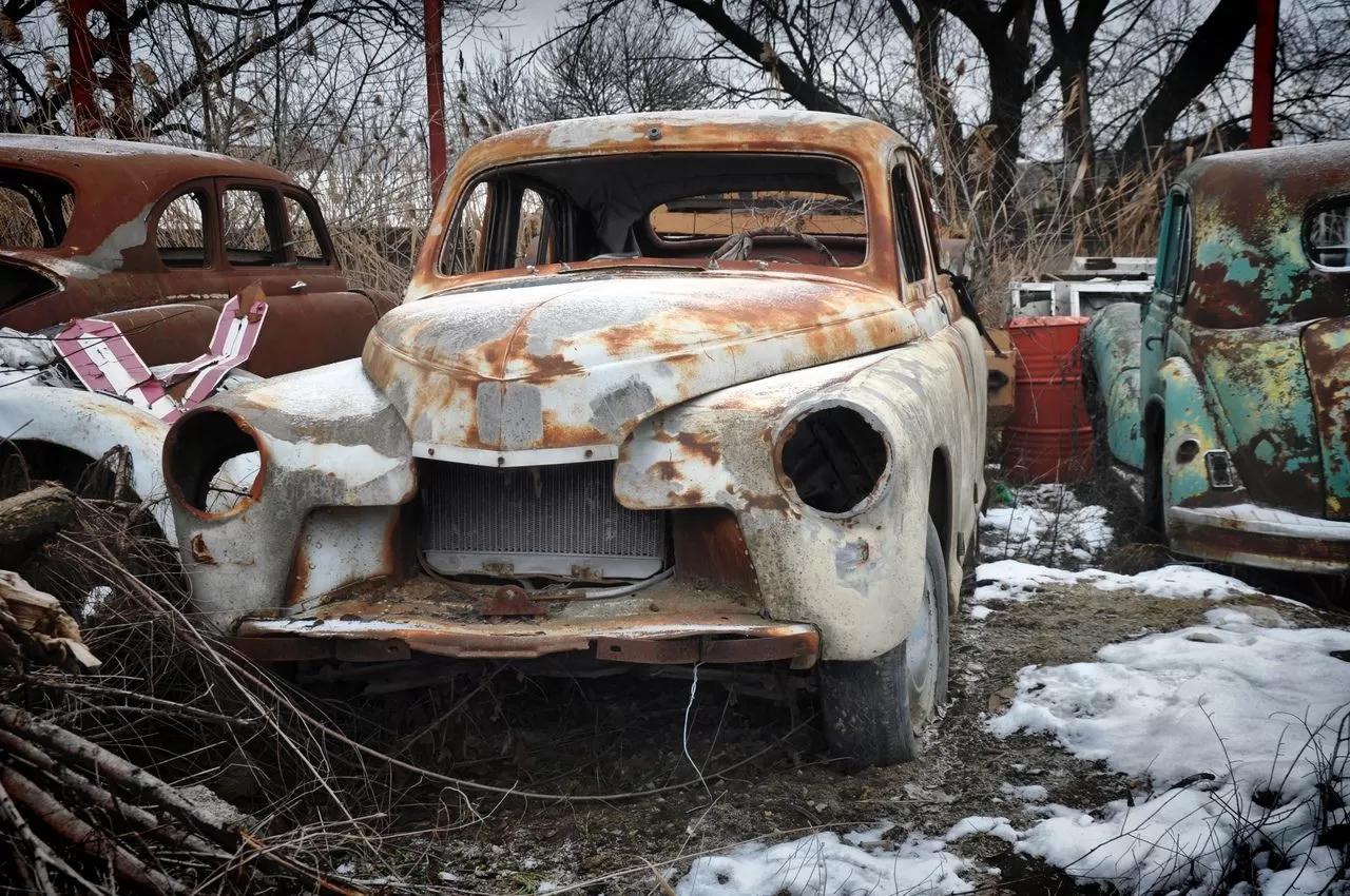 В сети показали коллекцию машин времен СССР – есть и правительственные лимузины (фото) 8