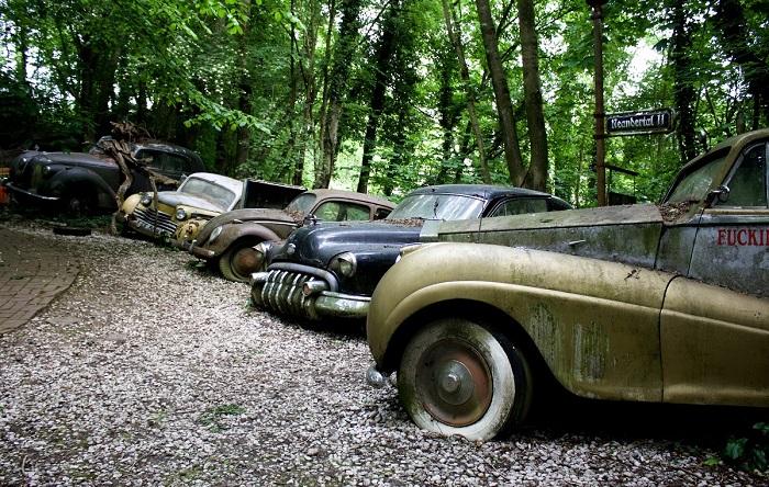 Автомобильные свалки, которые превратили в достопримечательности 5