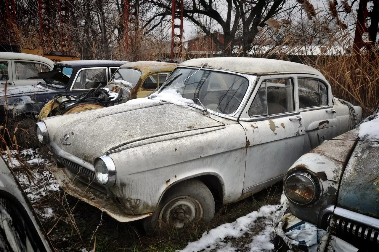 В сети показали коллекцию машин времен СССР – есть и правительственные лимузины (фото) 11