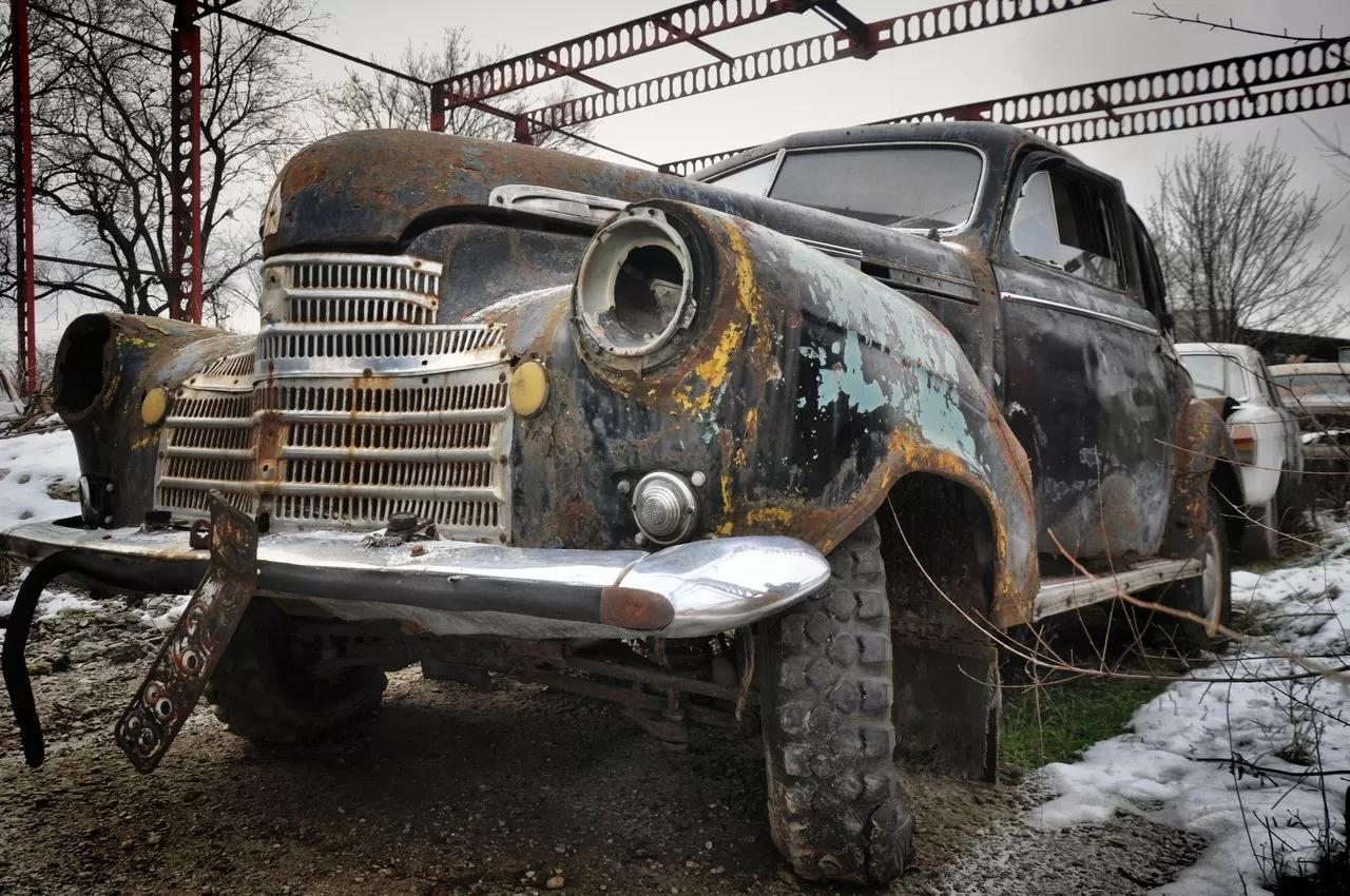В сети показали коллекцию машин времен СССР – есть и правительственные лимузины (фото) 1
