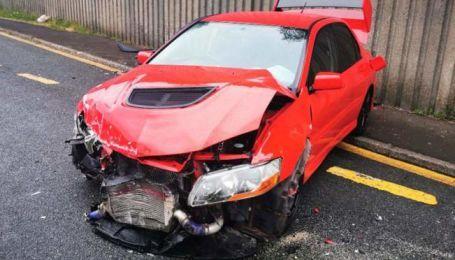 Мужчина выиграл Mitsubishi Lancer Evo IX и разбил его уже на следующий день 2