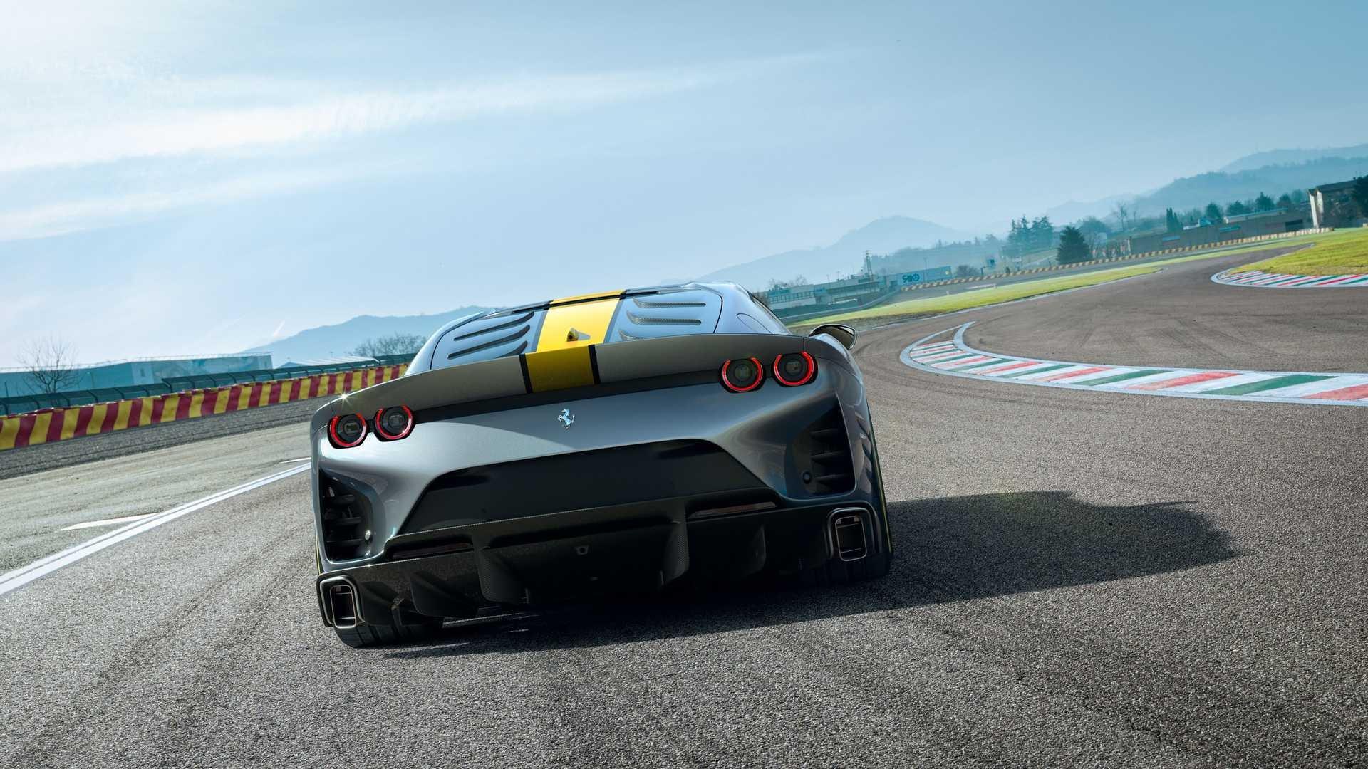 Ferrari представила свой самый мощный дорожный суперкар  3