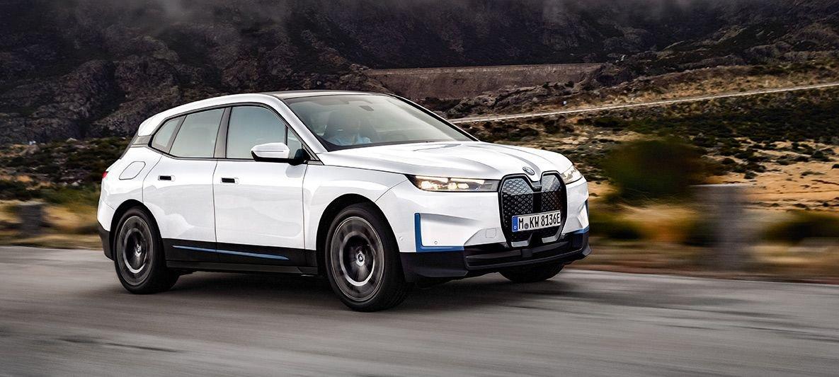 На украинский рынок выходит новый кроссовер BMW 1