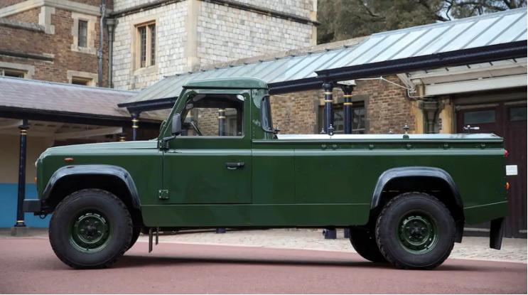 Принц Филипп отправится в последний путь на Land Rover, в создании которого лично принимал участие 1