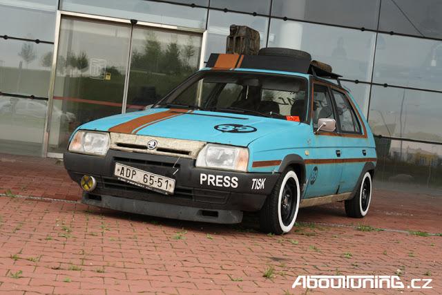 На фото показали самые ржавые автомобили Skoda в мире 4