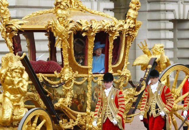 На каких автомобилях ездил принц Филипп Герцог Эдинбургский 1