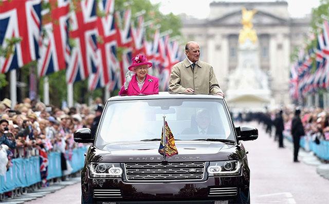 На каких автомобилях ездил принц Филипп Герцог Эдинбургский 5