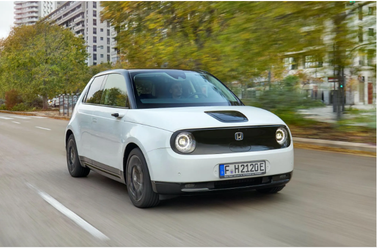 Жюри конкурса World Car Of The Year назвали главныхпретендентов натитул 1