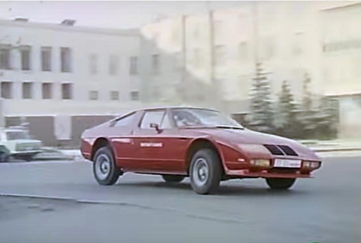 Самые необычные автомобили в советском кинематографе 8