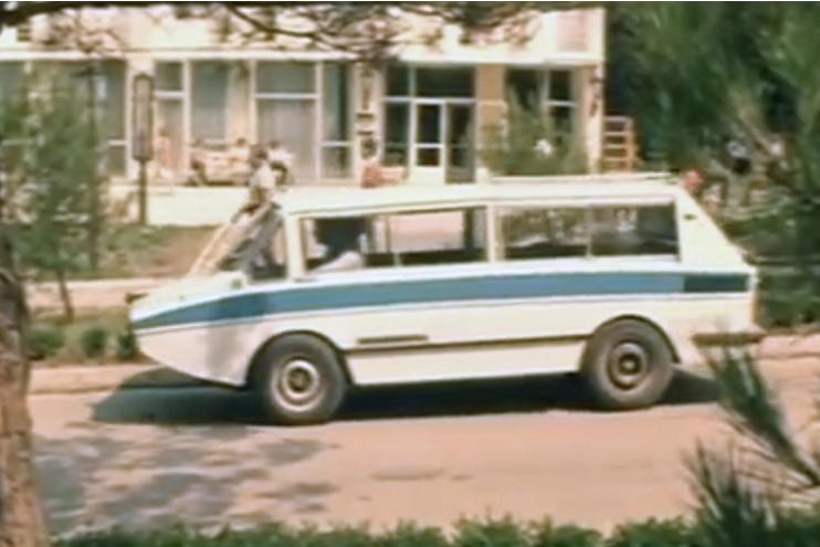 Самые необычные автомобили в советском кинематографе 9