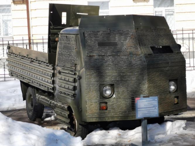 В Киеве появились интересные автомобили из зоны АТО  1