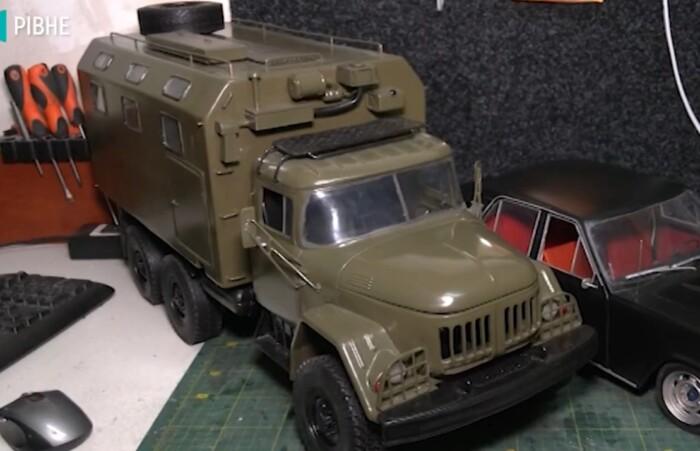 Умелец из Ровно делает автомобили на 3D-принтере (видео) 3