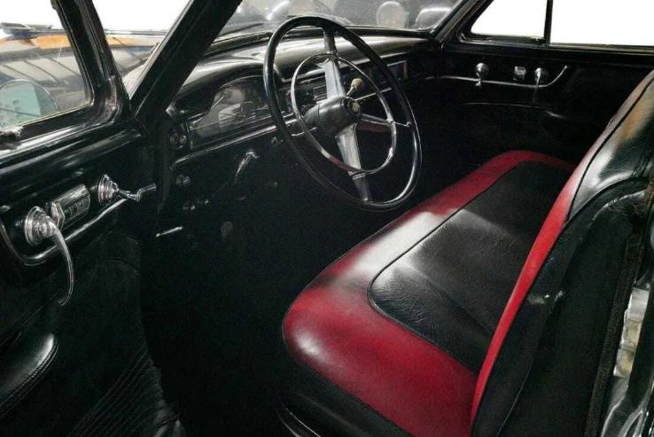 На продажу выставили Cadillac с «Крестного отца» 2