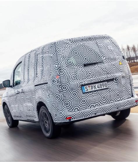 Mercedes-Benz показал электрический минивэн eCitan 2