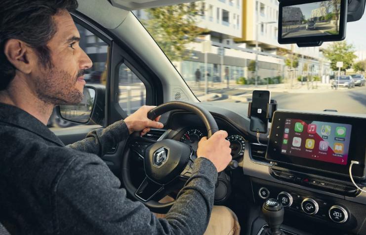 Renault показала новые минивэны Kangoo и Express 2