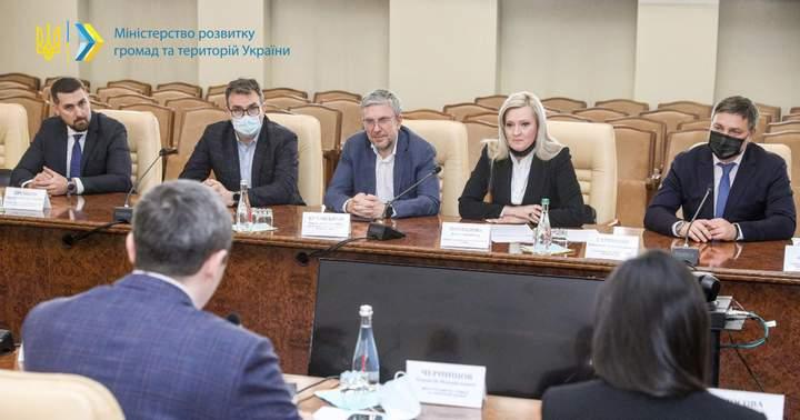 Все украинские АЗС пройдут проверку 2