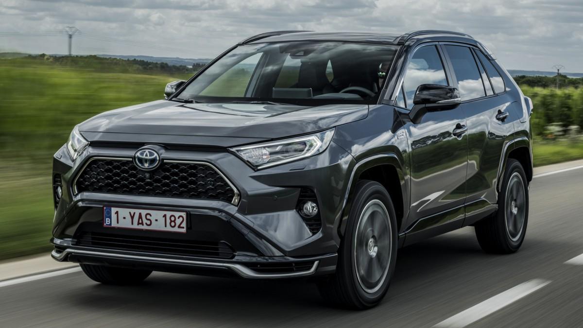 В Украине стартуют продажи самого быстрого и самого дорогого Toyota RAV4 1
