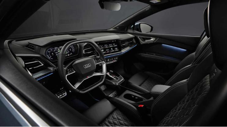 Audi опубликовала фотографии и раскрыла детали нового кроссовера Q4 e-tron 3