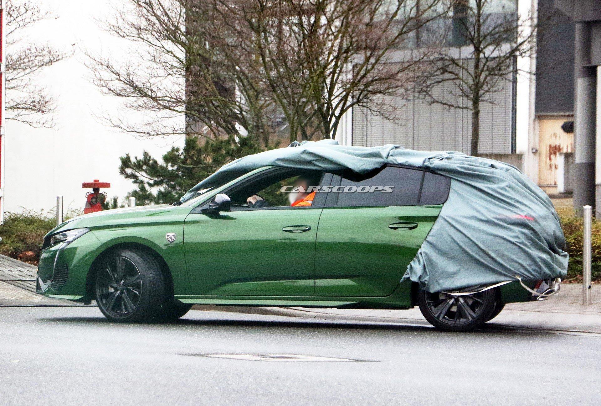 Фотошпионы поймали в объектив новый Peugeot 308 3