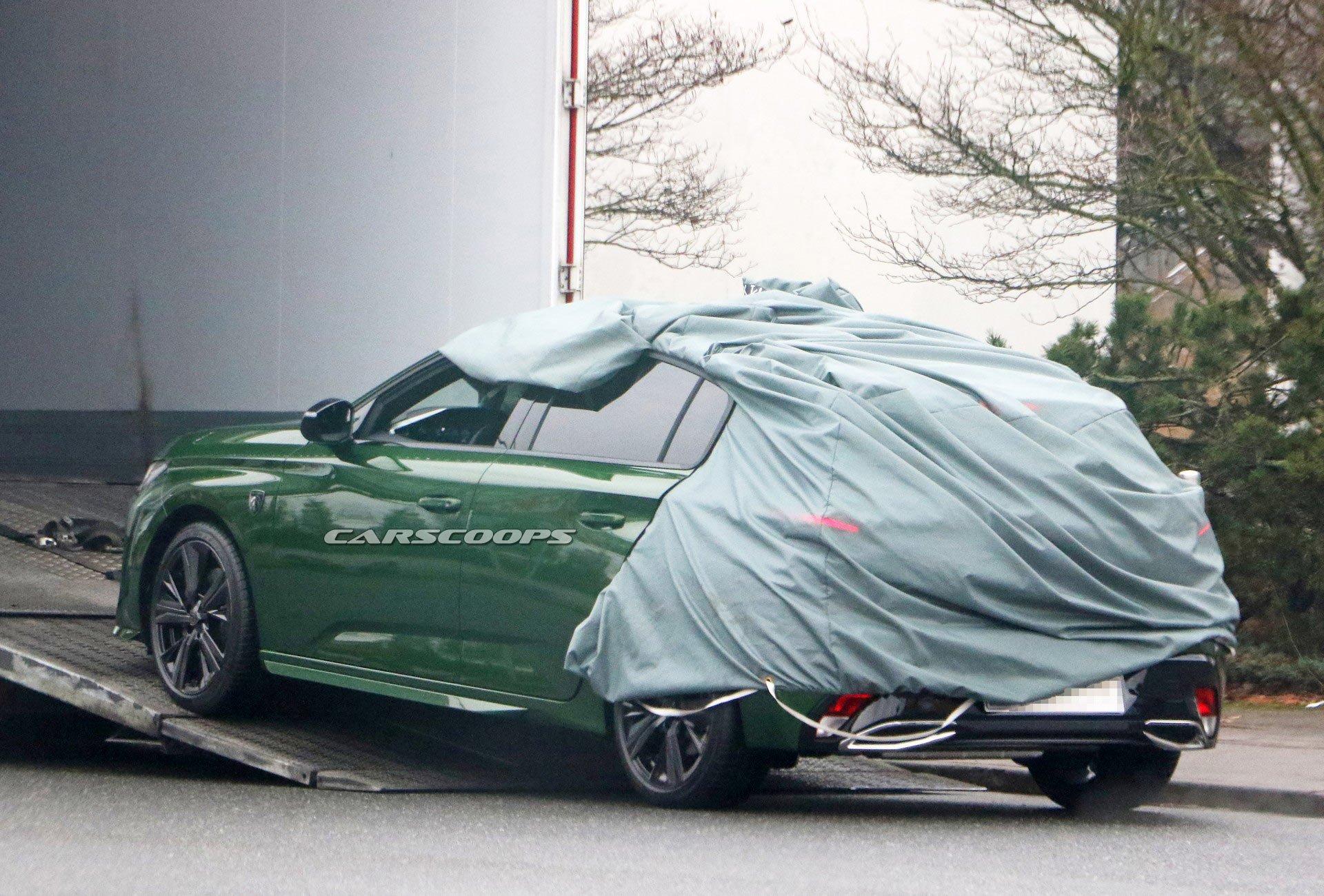 Фотошпионы поймали в объектив новый Peugeot 308 4