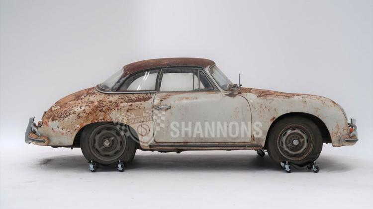 Ржавый Porsche 456A Cabriolet продали за 200000 долларов 1