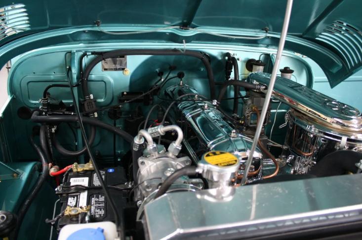 На продажу выставили 56-летний внедорожник Toyota Land Cruiser 2