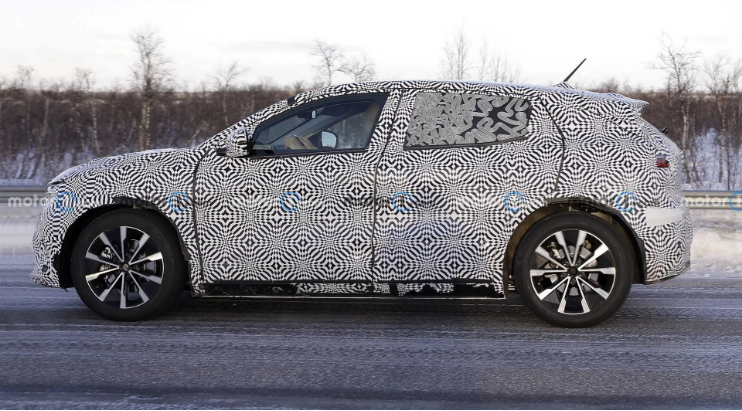 В сети опубликовали первые фото нового Renault Megane EV 2