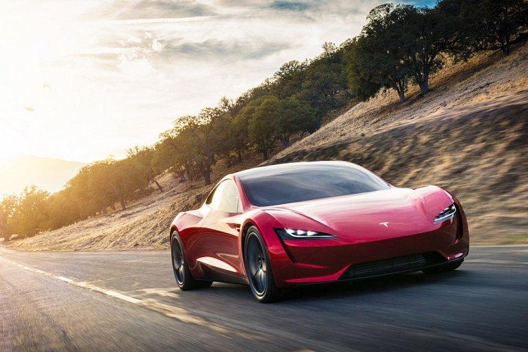 Стало известно, когда начнется производство Tesla Roadster 1