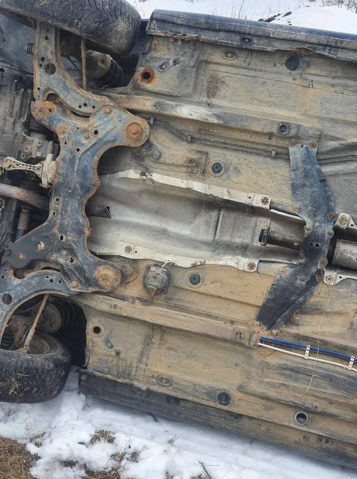 Воры переворачивают машины чтобы украсть катализатор (фото) 1