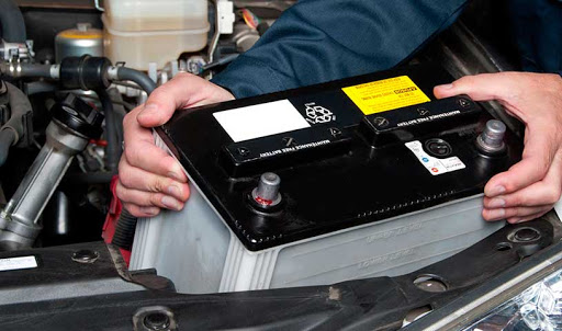 Как уберечь аккумулятор автомобиля в морозы 1