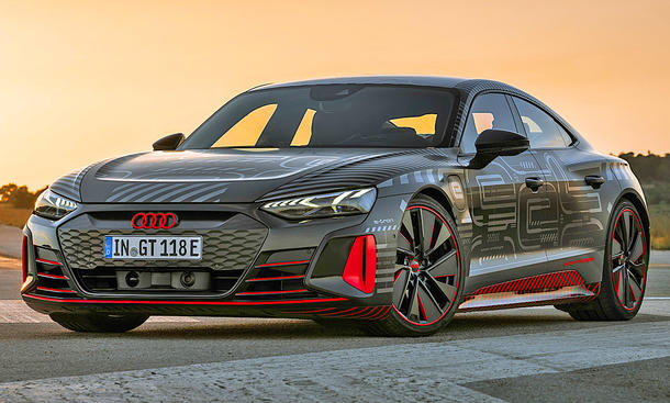 Audi представит 12 новинок в 2021 году 3