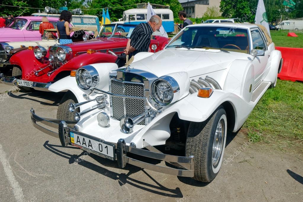 Самые впечатляющие ретро автомобили Украины (фото) 7
