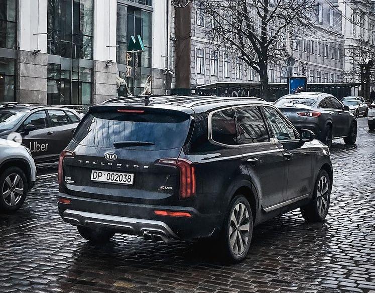 В Киеве заметили лучший в мире автомобиль 2