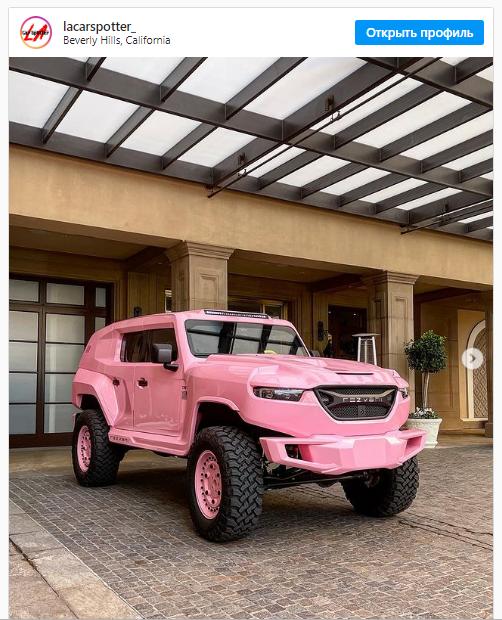 Брутальный суперджип Rezvani Tank покрасили в нежно-розовый цвет 1