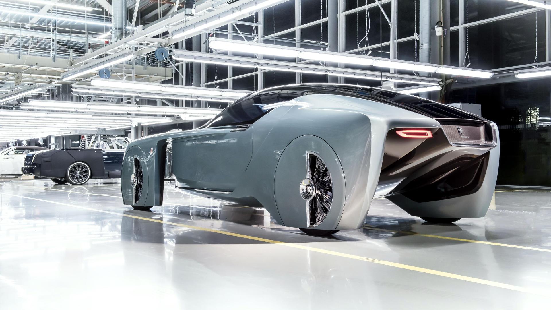 Компания Rolls-Royce готовит первый серийный электромобиль 3