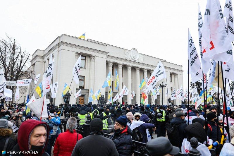 Предприниматели бастуют под Верховной Радой: центр Киева перекрыт, полиция в усиленном режиме 3